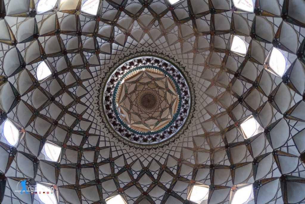 سقف خانه بروجردی