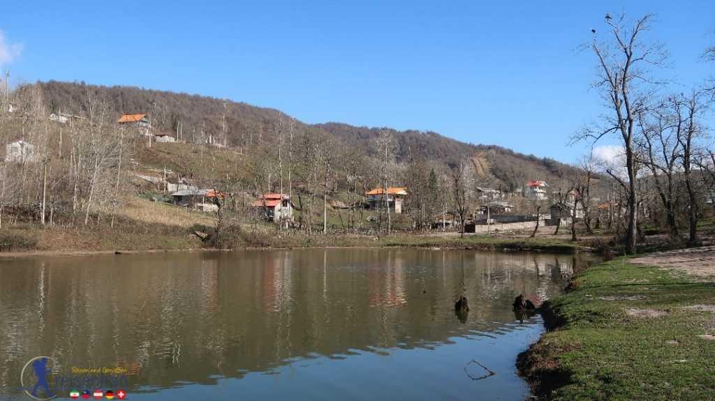 اطراف دریاچه حلیمه جان