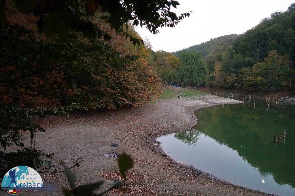 نمایی از دریاچه چورت