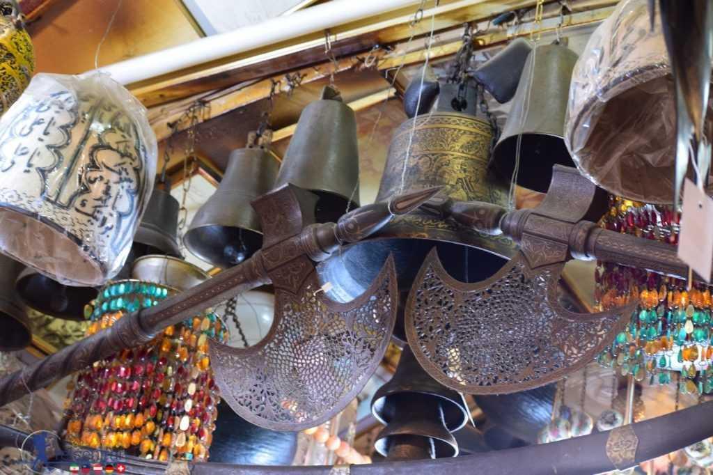 عتیقه های قهوه خانه حاج میرزا