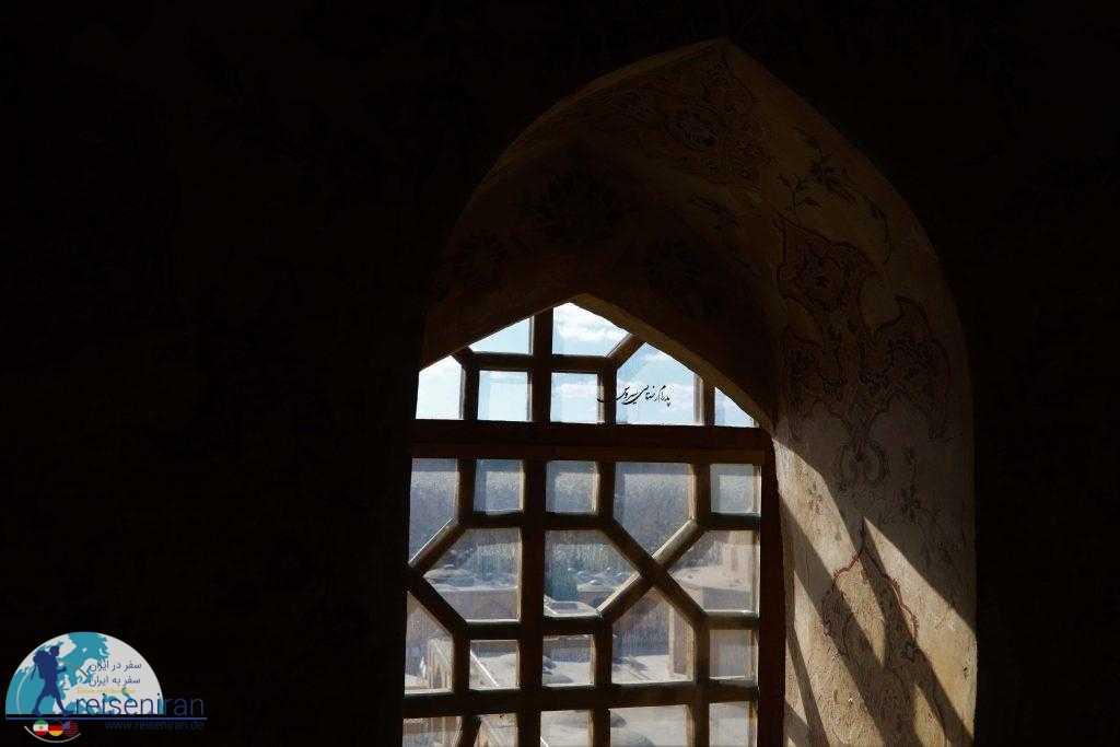 نگاهی به نقش جهان از کاخ عالیقاپو