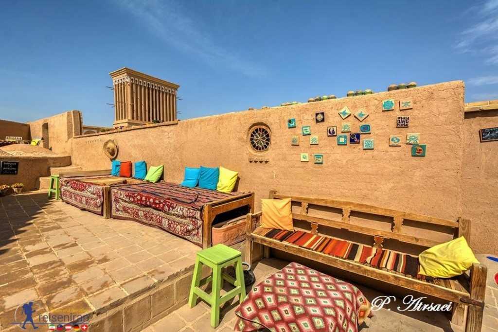 کافه هنر یزد زیبا