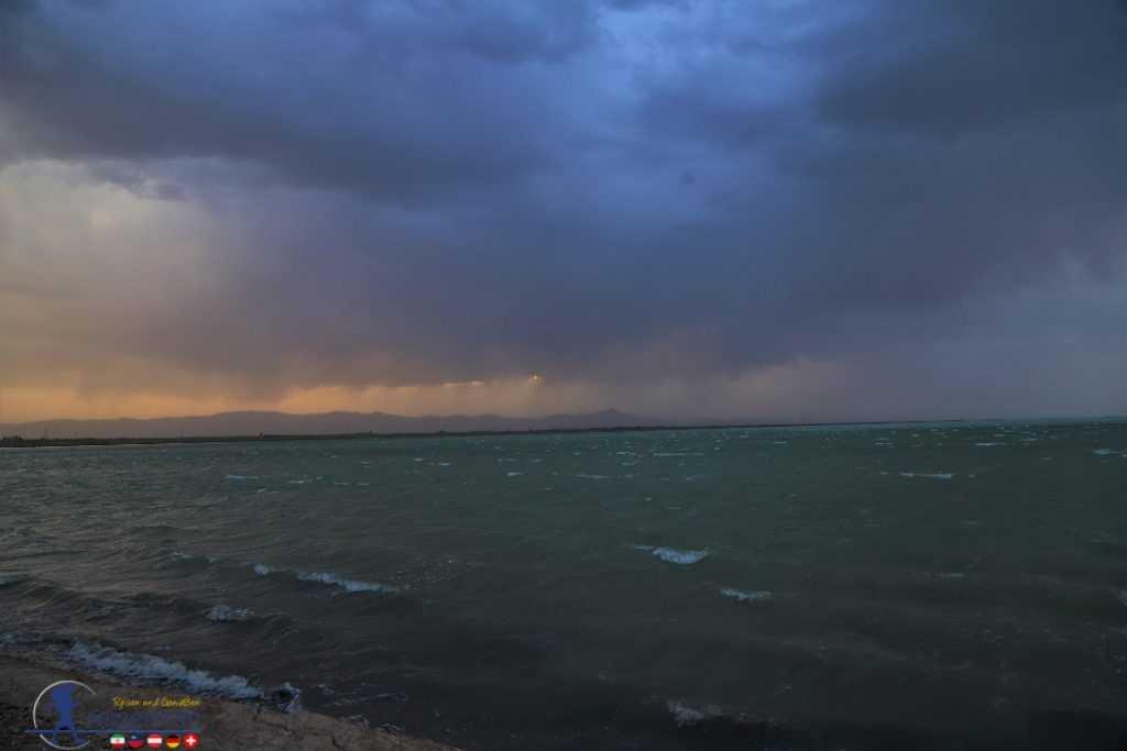 دریاچه میقان