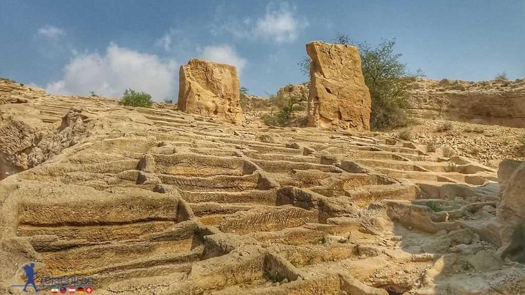 محوطه باستانی بندر سیراف