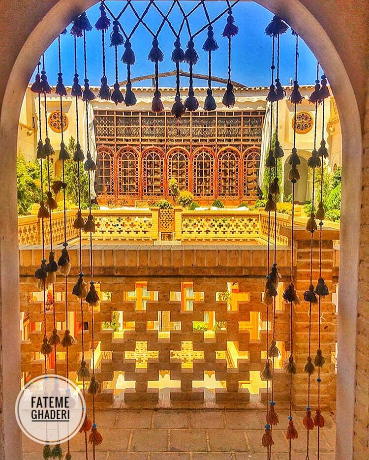 قصر منشی اصفهان
