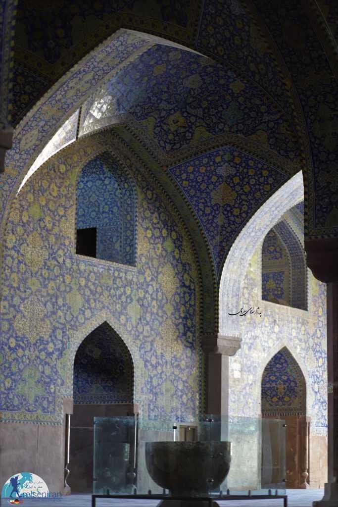 از سنگاب های مسجد جامع عباسی