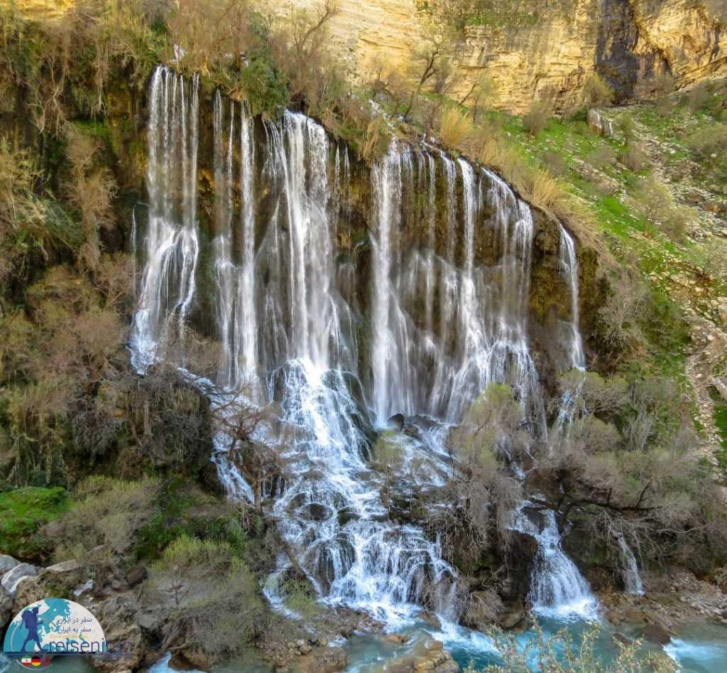 نمای زیبای آبشار شوی