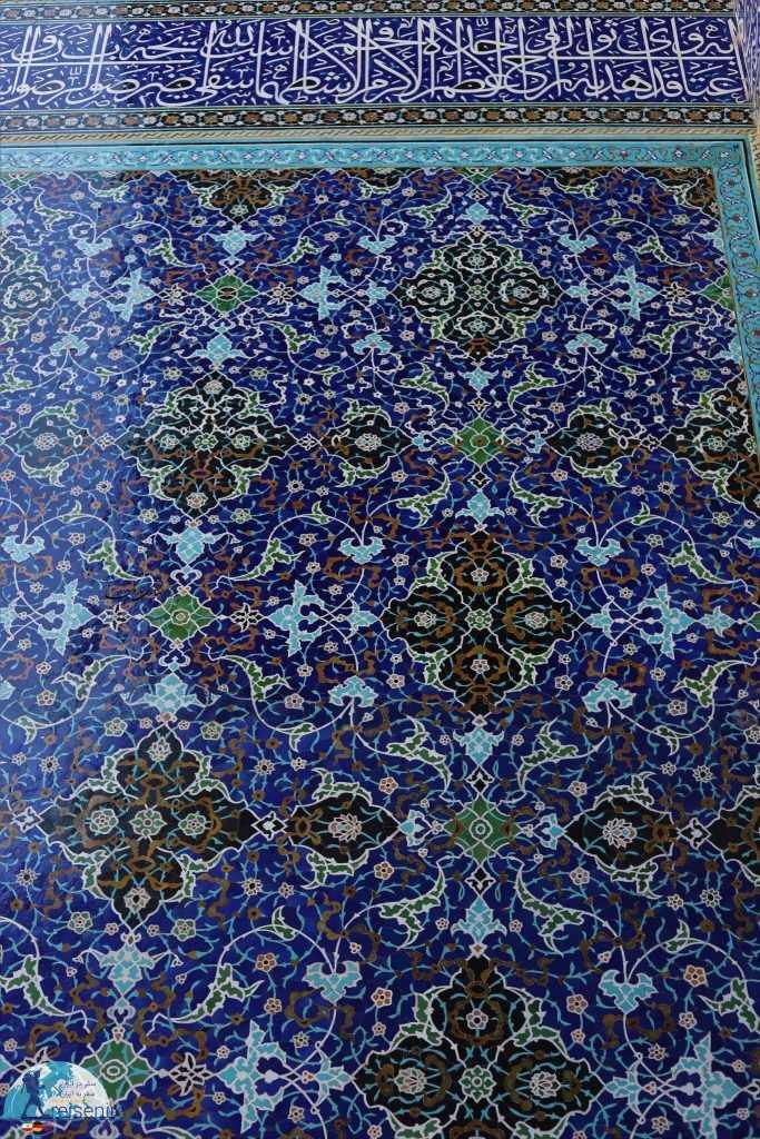 کاشی کاری های زیبای مسجد شاه اصفهان