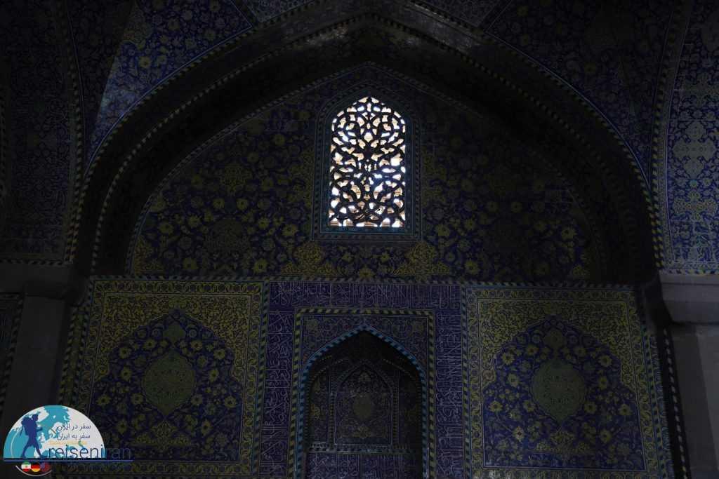 یکی از محراب های مسجد شاه اصفهان