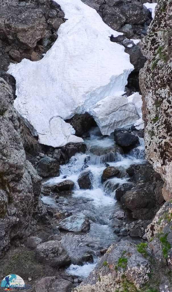 آبشار سوله دوکل برفی