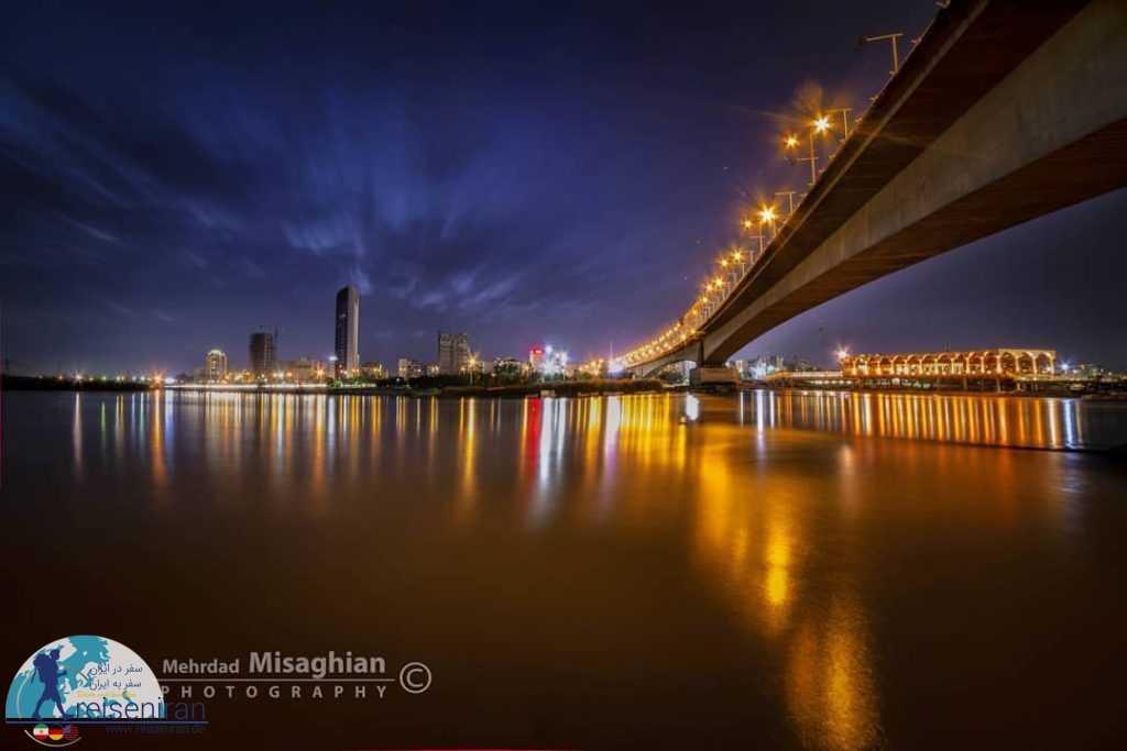 نمای شب رودخانه کارون