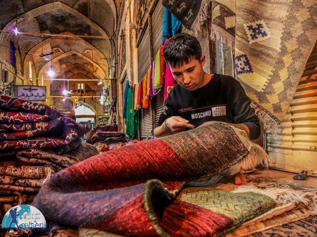 بزازان بازار وکیل شیراز