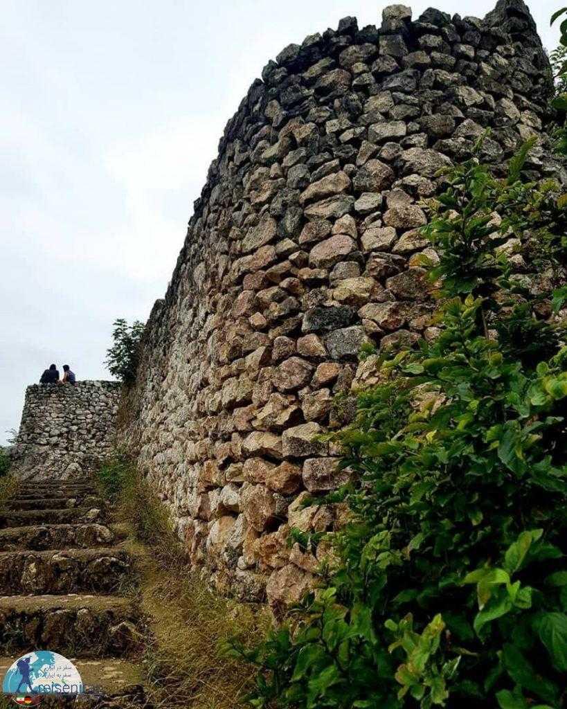 دیوار قلعه مارکوه