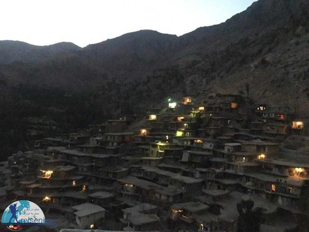 روستاسراقاسید در شب
