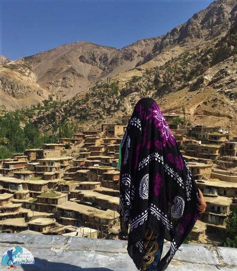 پوشش زنان روستا سراقاسید