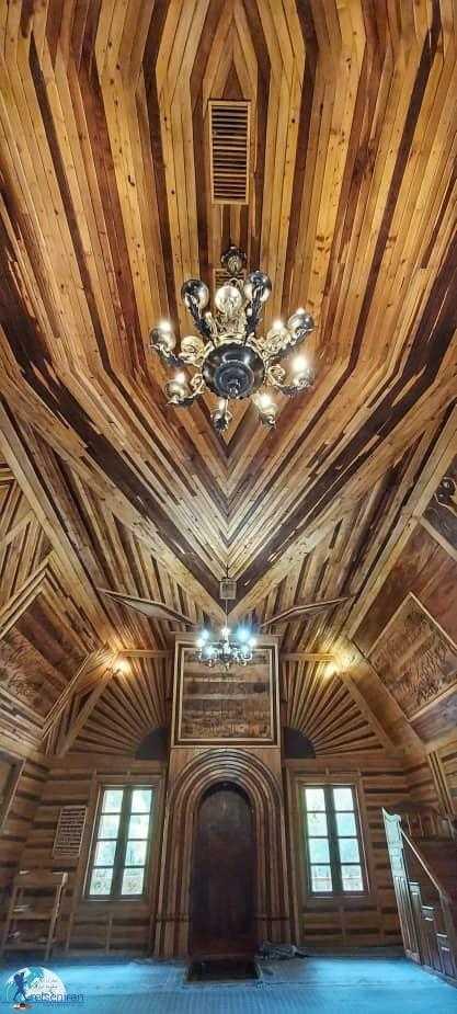 داخل مسجد چوبی نیشابور