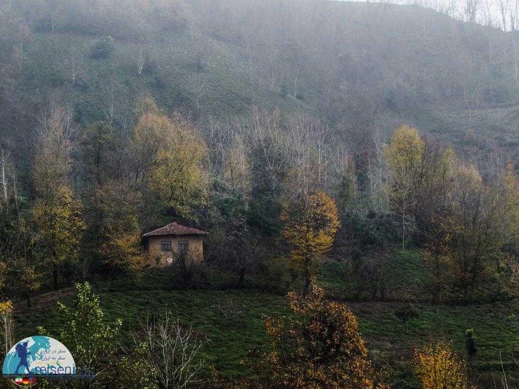 خانه روستایی در لاهیجان