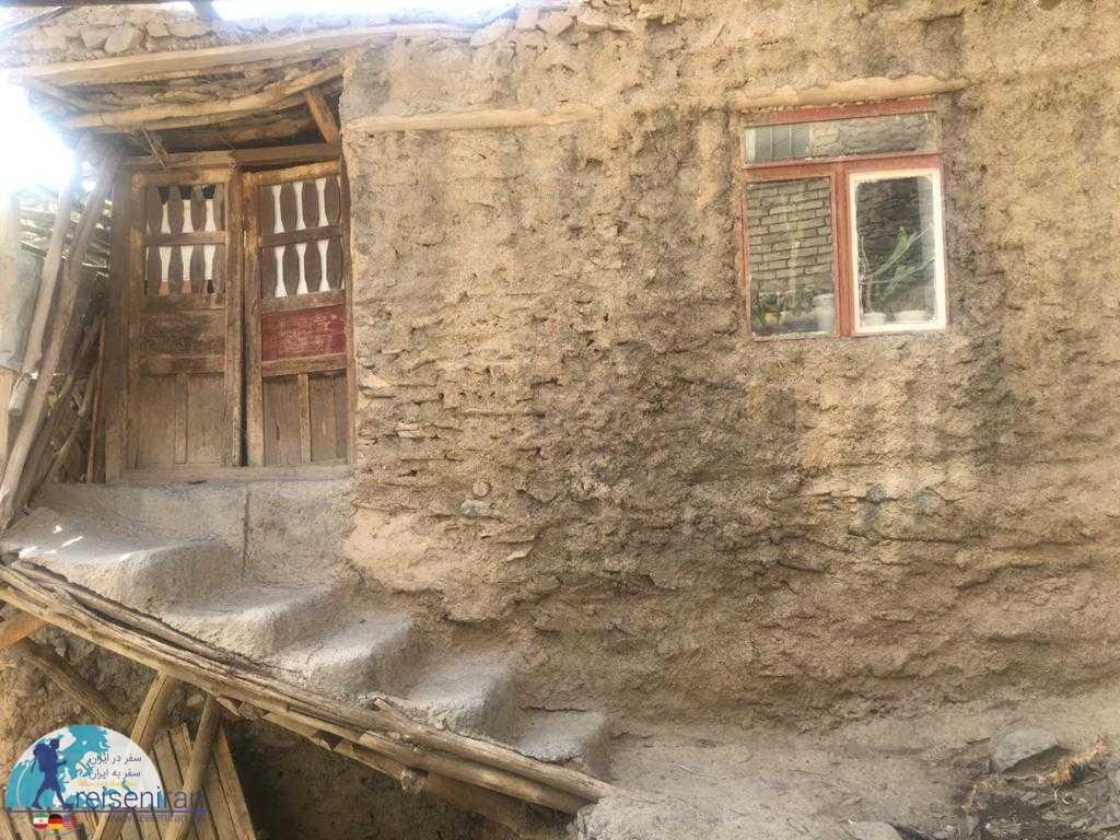 خانه ای در روستای کنگ