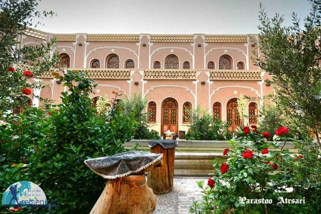 فضای هتل کاروانسرای مشیر یزد