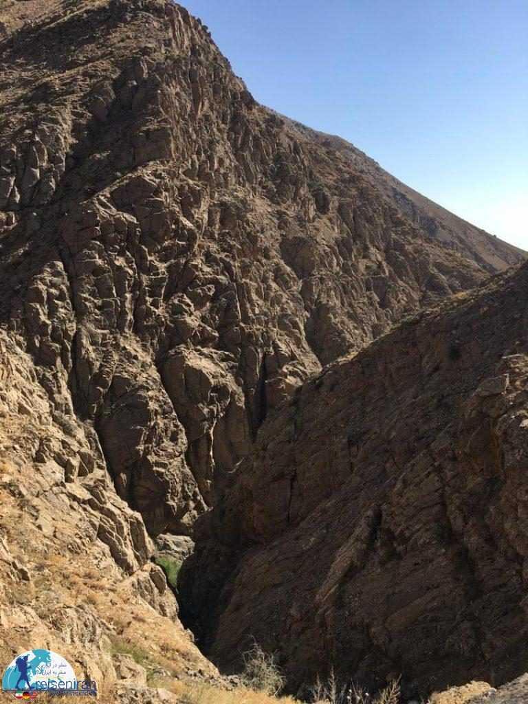کوه های بوژان