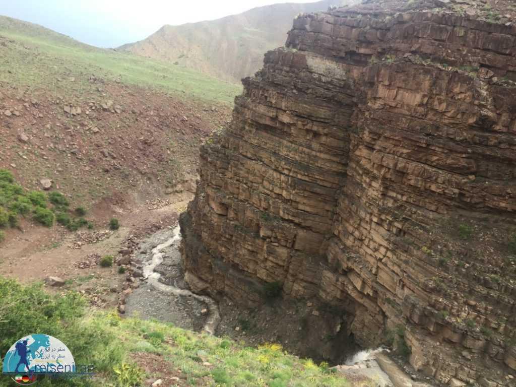 طبیعت اطراف ابشار ابرسج شاهرود