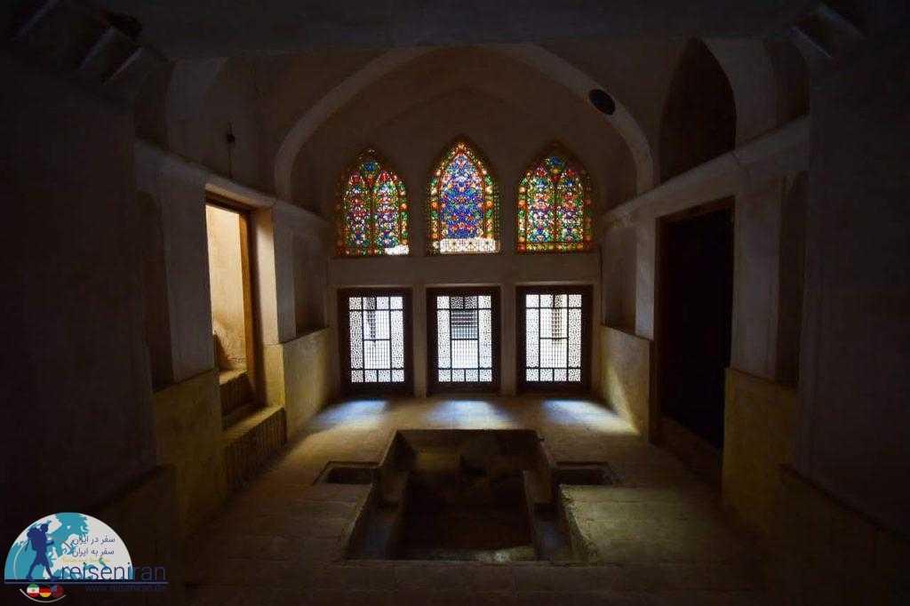 ارسی زیبای خانه عباسیان