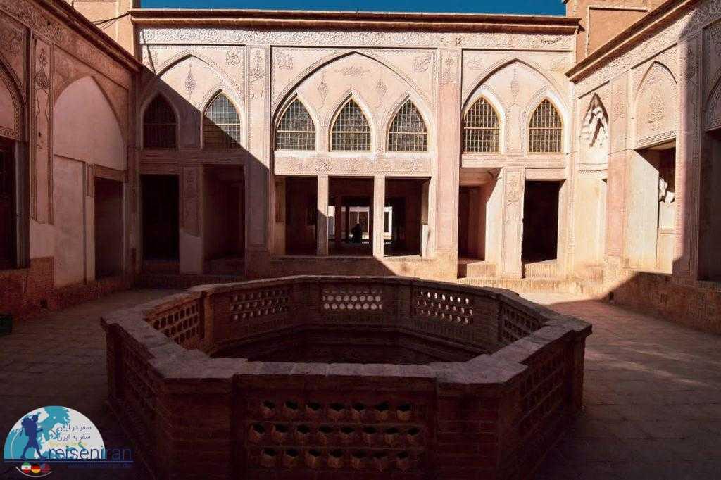 بخش بندی خانه عباسیان