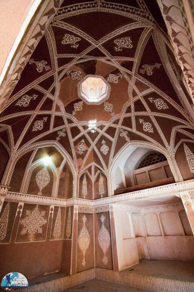 تزئینات داخلی خانه عباسیان