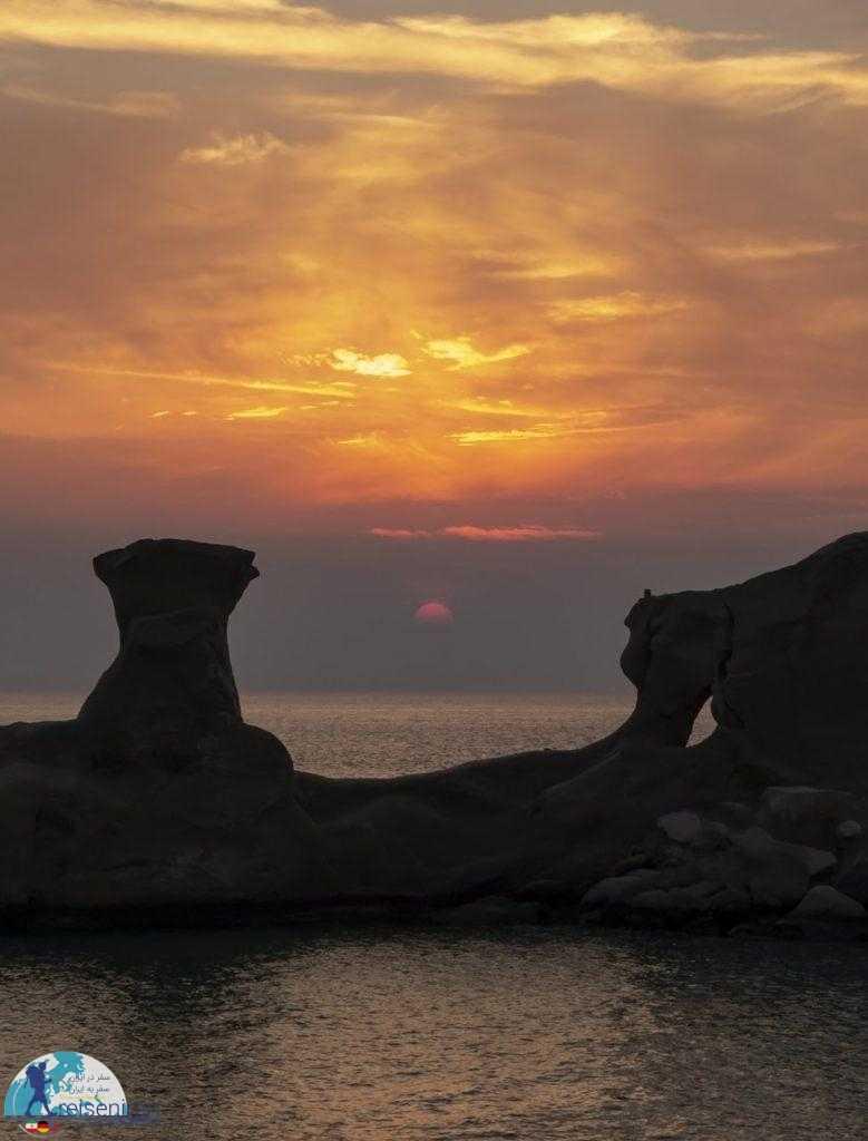 غروب خلیج نیلگون فارس