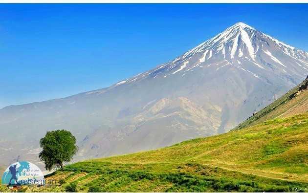 قله دماوند در رشته کوه البرز
