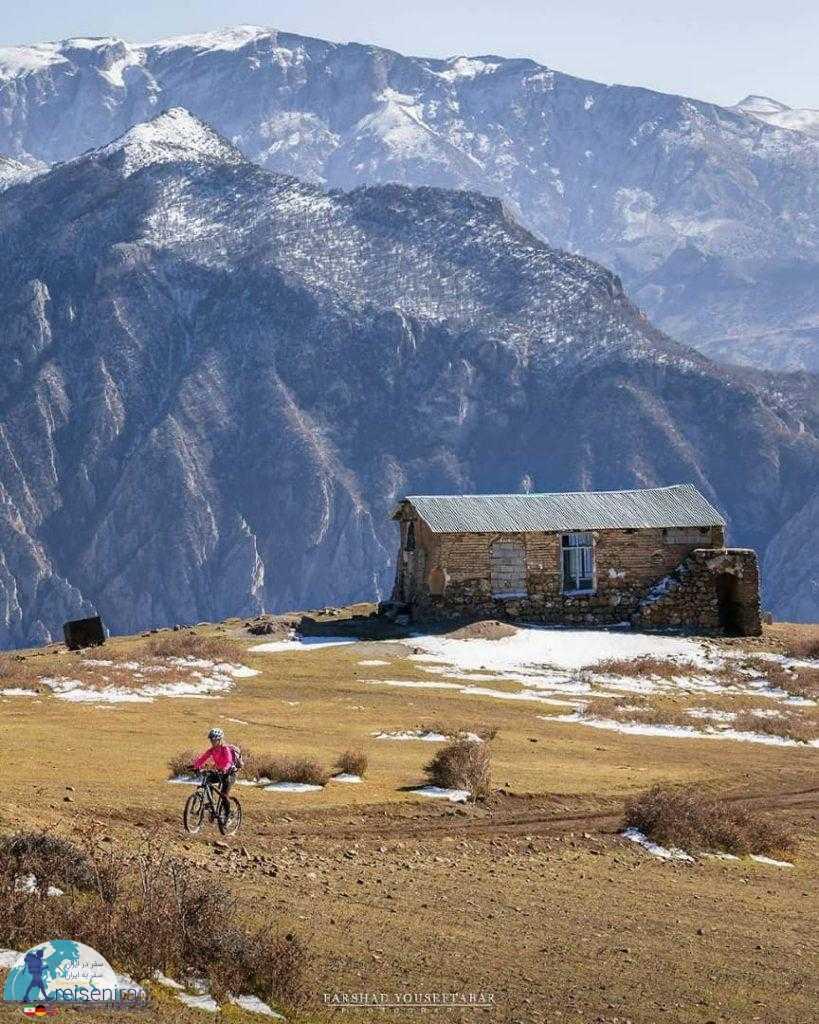 کلبه در رشته کوه البرز