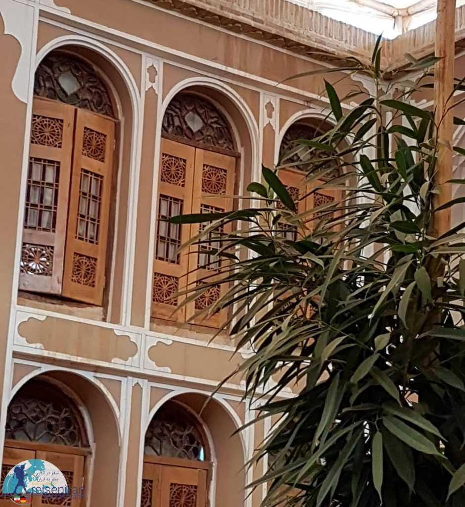 ارسی های خانه تهرانی ها یا هتل فهادان