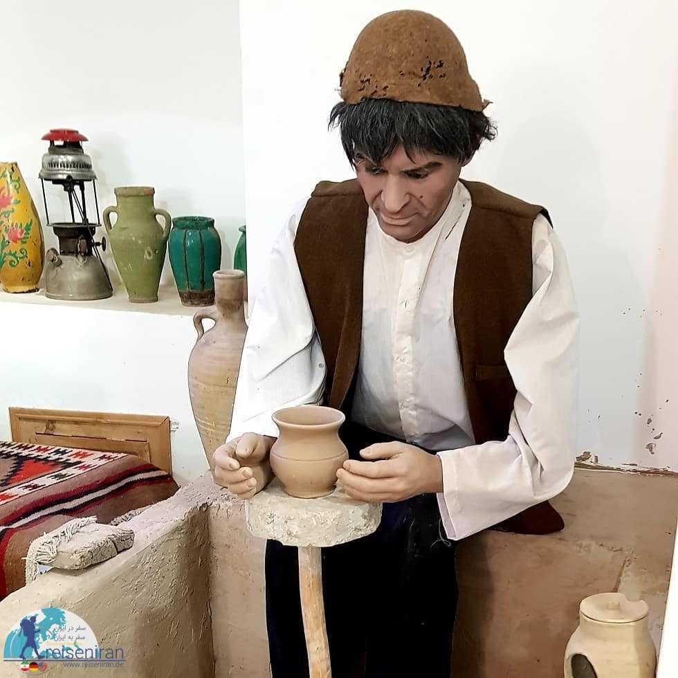 عکس موزه مردم شناسی قم