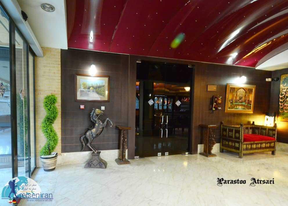 ورودی هتل