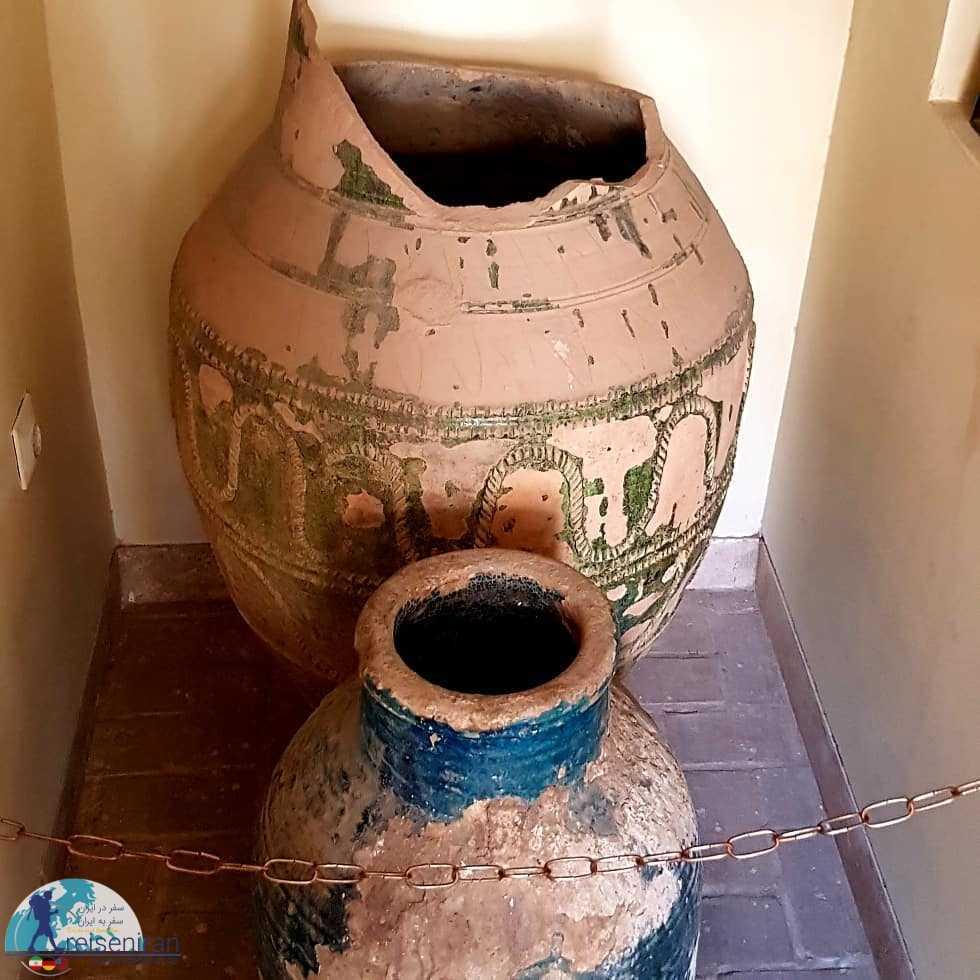 کوزه های موزه مردم شناسی قم