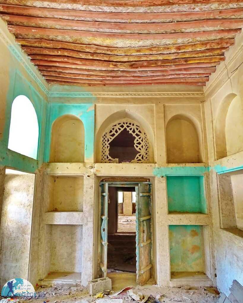 اتاق های بنا قدیم شهرداری بندرلنگه