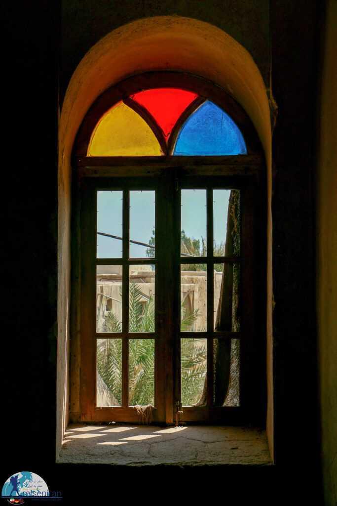 پنجره خانه فکری بندر لنگه
