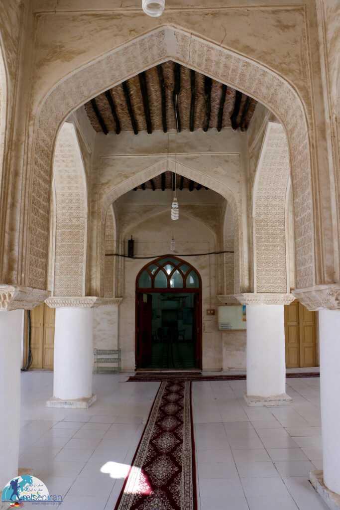 داخل مسجد افغان