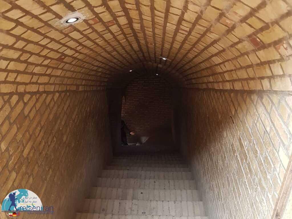 سردآب زندان اسکندر یزد