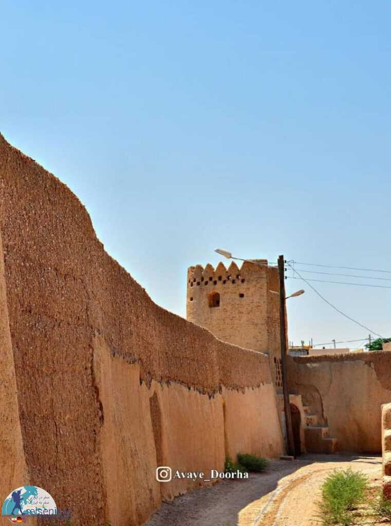 عکس دیوار شهربند بشرویه