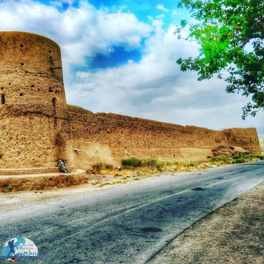 قلعه روستا دولت آباد