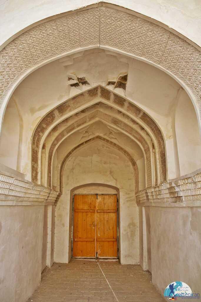 معماری مدرسه محمدیه بندرلنگه