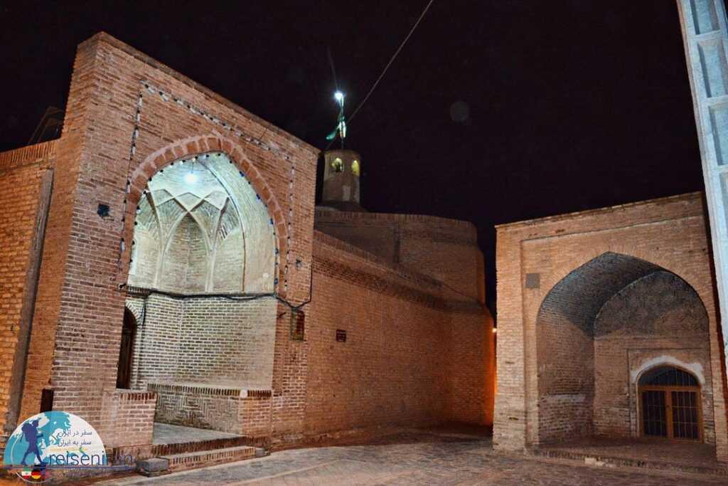 ورودیه مسجد میان ده