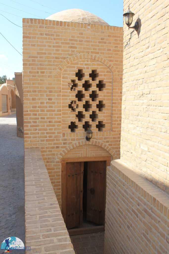 ورودی آسیاب دژک
