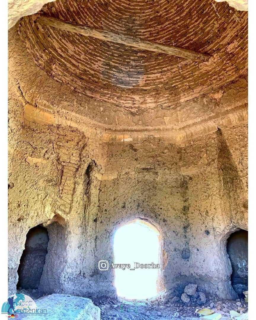 داخل مقبره شیخ اندقانی