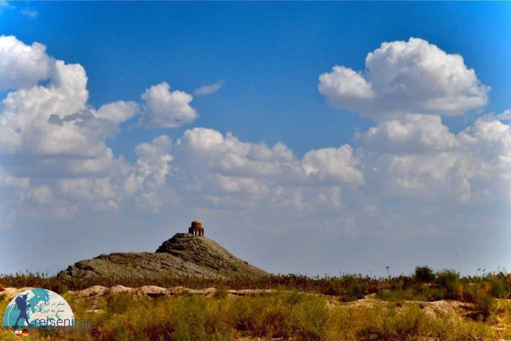 مقبره شاه فیروز سیرجان