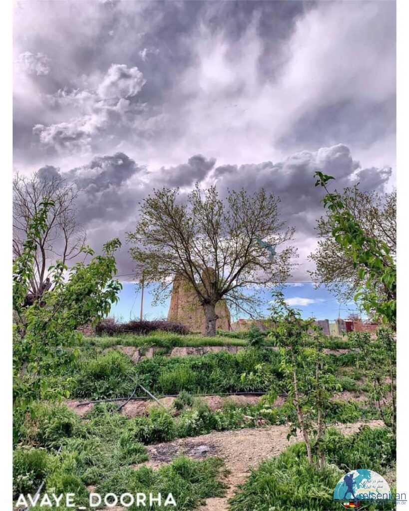 نمایی زیبا از برج خانلق خراسان رضوی