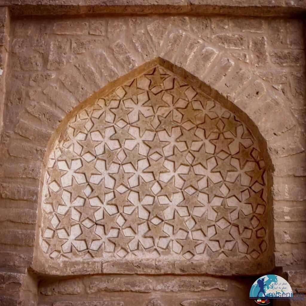 تزئینات مجراب مسجد جامع زواره
