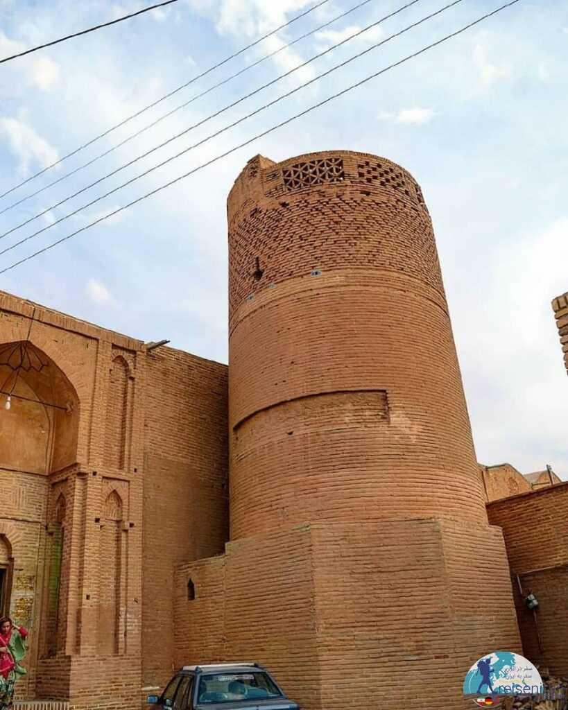 مناره مسجد جامع زواره